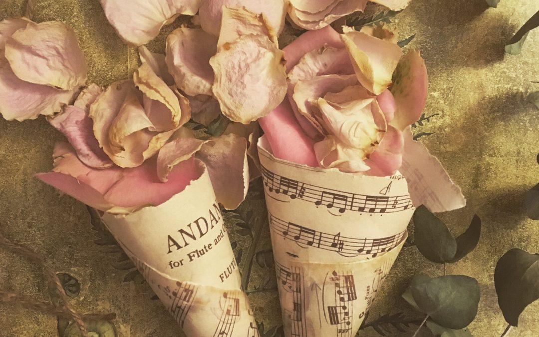 rose confetti